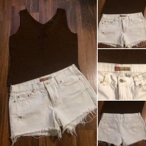 🦋2/$10 or 5/$20 Vintage Style Cut-Off Shorts